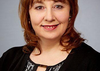 Arlene Favreau